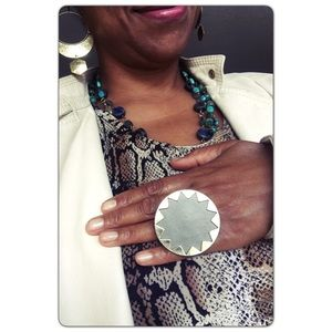 House of Harlow Round Geometric Ring Gray Leather